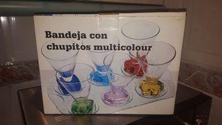 bandeja con 6 vasos multicolor