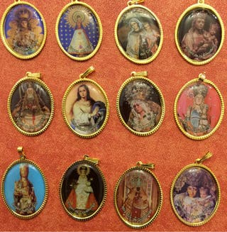 12 Medallas De La Virgen