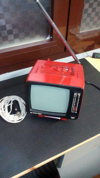 Se vende televisor portátil vintage