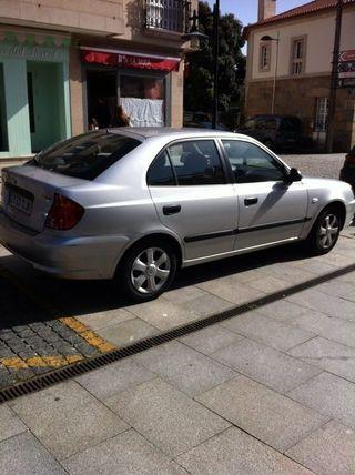 Hyundai Accent 1.3GL 86 Caballos 1341cilindrada