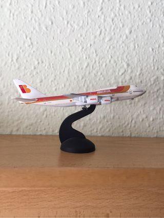 Maqueta avión Iberia 747