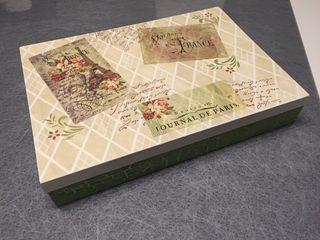 Cajas pintadas y decoradas a mano por encargo en madrid en - Cajas decoradas a mano ...