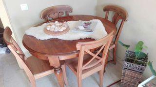Mesa rústica de Madera y 4 sillas de madera