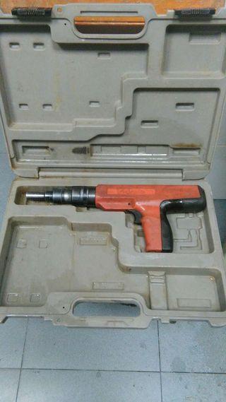 Pistola de fijación por polvoraDesa Pro-08