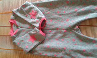 Pijamas manta Tallas 18 y 24 meses.