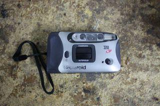 Camara de fotos polaroid de carrete