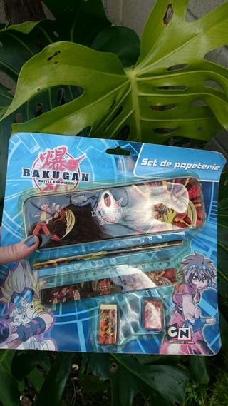 Set papeleria Bakugan Cartoon network.