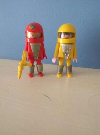 Playmobil astronautas.