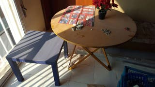 mesa i mesa pequeña