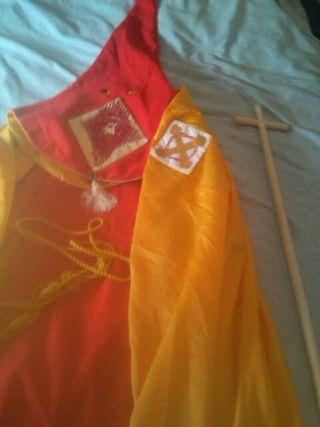 Vesta santa faz Carcaixent con cruz
