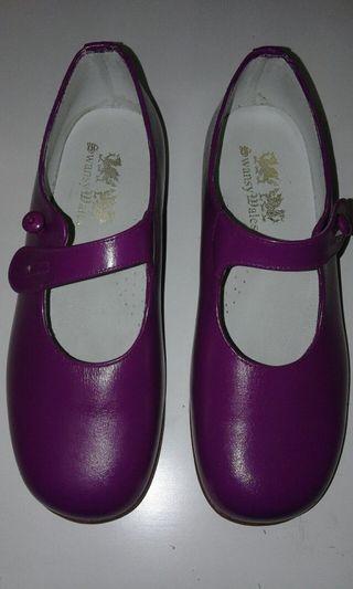 Zapatos De Piel Para Niña