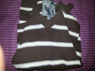 jersey abercomie and fitch talla xl marron/blanco