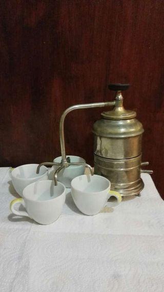 Cafetera antigua eléctrica