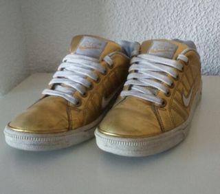 Nike Dorada