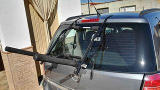 Soporte para transportar bicicletas en el coche