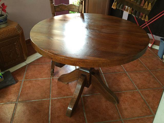 Mesa redonda comedor madera holandesa de segunda mano por 480 en marbella en wallapop - Wallapop mesa comedor ...