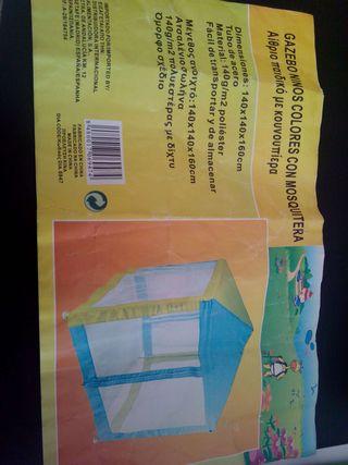 Tienda con mosquitera para niños