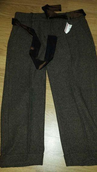 NUEVOS!! Pantalón pirata talla S