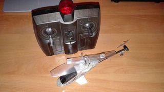 Helicoptero teledirigido. Juguete radio control