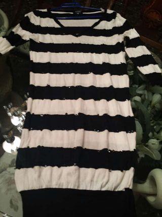 3 fotos suéter largo o vestido de blanco a estrena