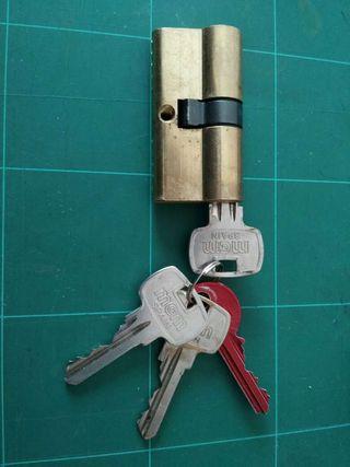 Cilindro - bombín de cerradura MCM