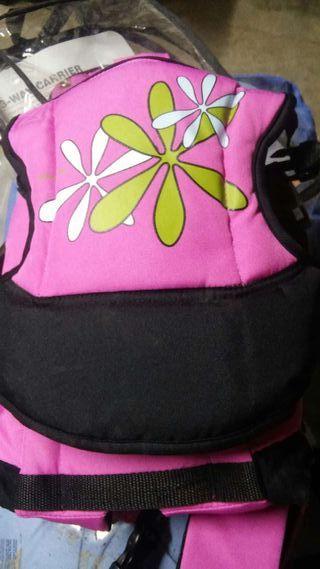 Mochila porta bebe recien nacido rosa