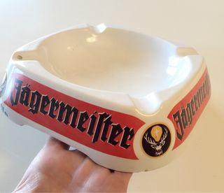 Cenicero Jägermeister