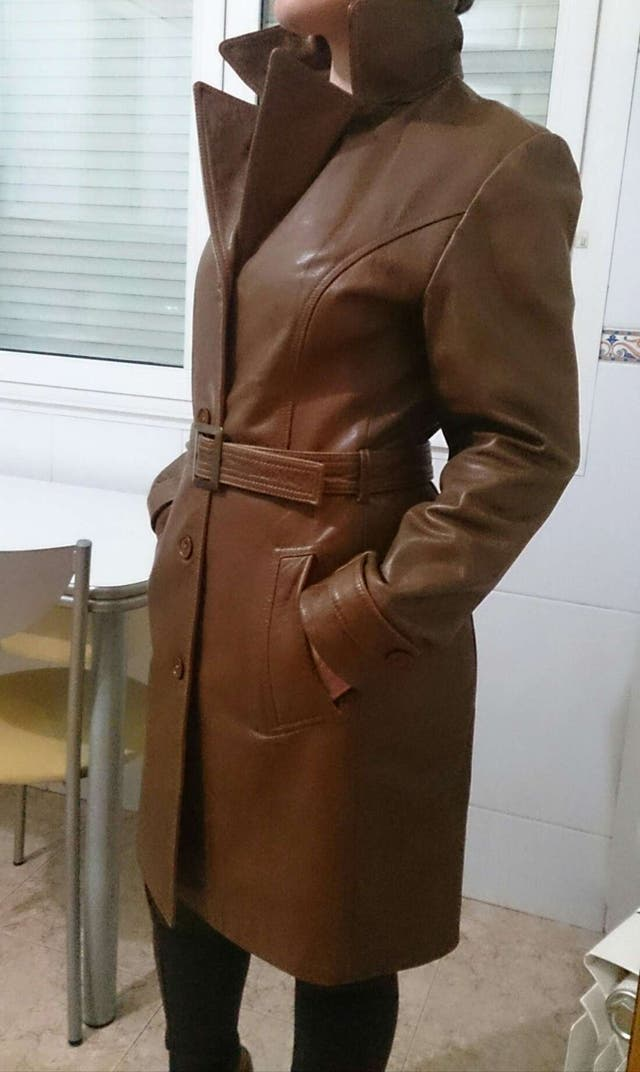 Abrigo de mujer de piel, tres cuartos color marrón de segunda mano ...