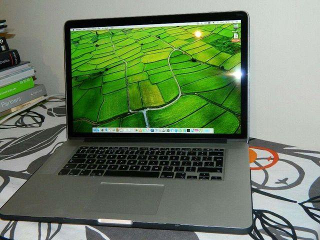2014 - 15' MacBook Pro w/Retina display - i7 Quad Core 2.8Ghz - 2GB NVIDIA GFX , 16GB RAM,512GB SSD