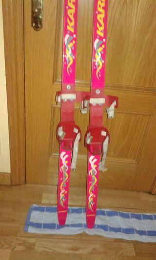 Esquí de niños pequeños