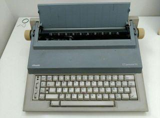 Máquina de escribir eléctrica. Olivetti