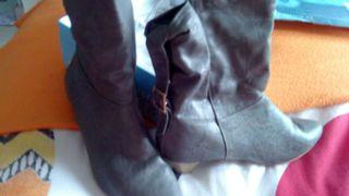 Botas grises marca BLANCO.n°41