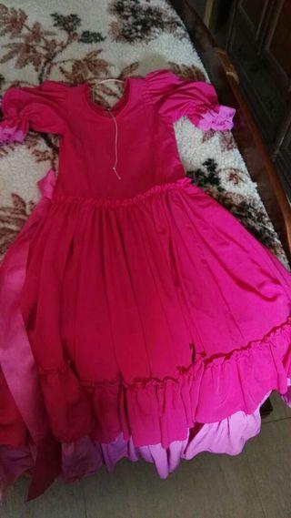 Vendo dos vestidos de gitana para niña