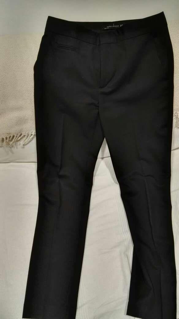 Pantalón negro Zara Woman de vestir talla 38