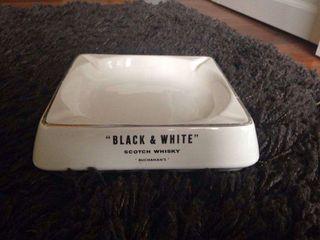 "ANTIGUO CENICERO ""BLACK & WHITE"" ORIGINAL"