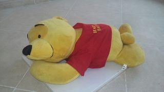 Peluche de winnie the pooh.
