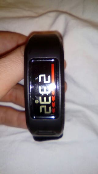 Reloj connect powered by garmin