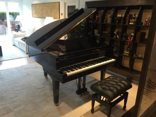 Piano Yamaha GC1