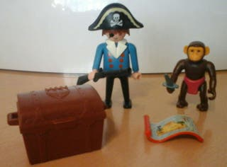 Clicks Playmobil pirata mono