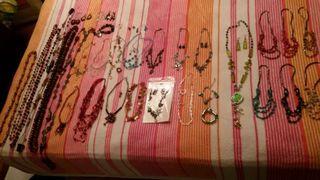 Conjuntos y collares