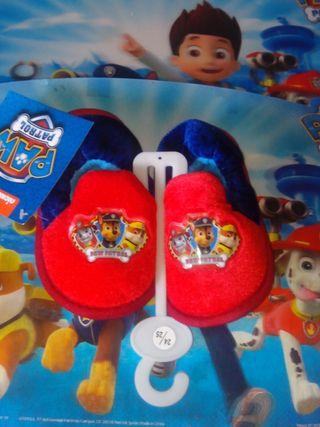 Zapatillas nuevas de Patrulla Canina