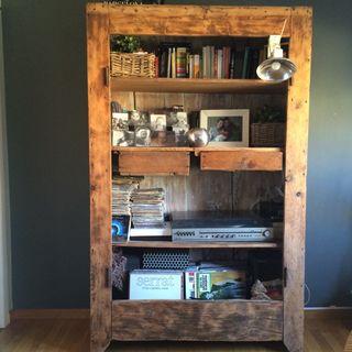 Estanteria vintage de madera reciclada