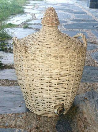 Bota antiga de moscatell