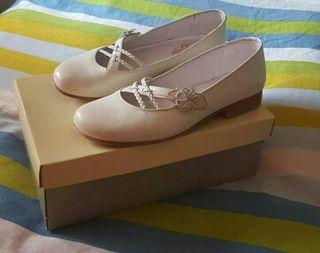 Zapatos de comunión.
