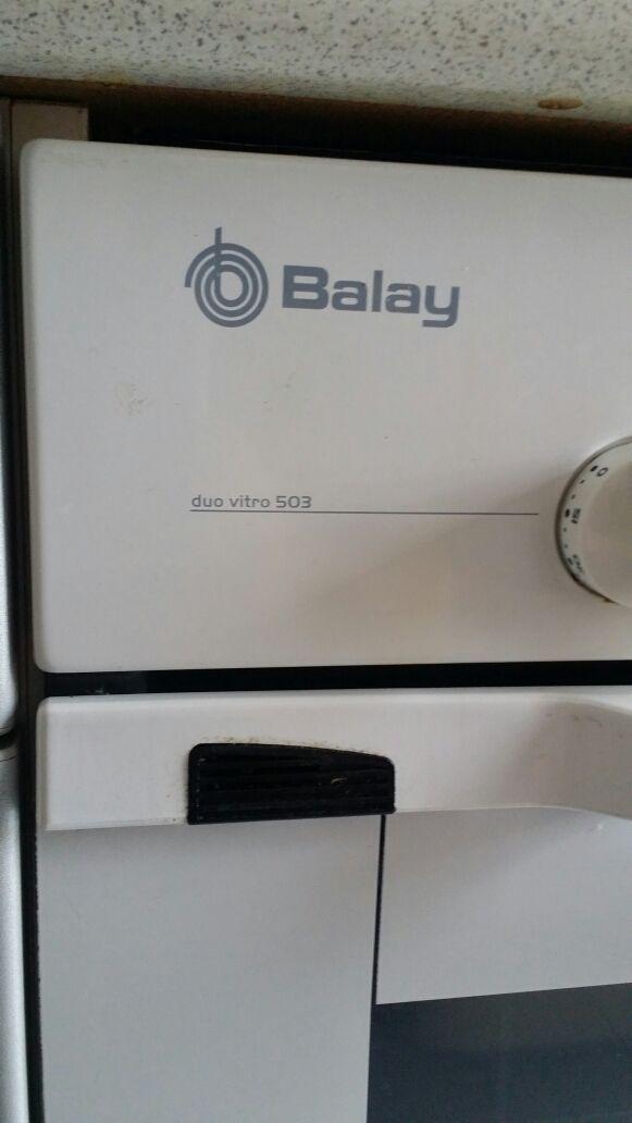Horno y Vitrocerámica Balay, 2 usos..prácticamente nuevos