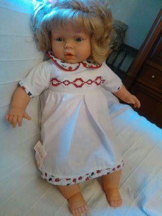 Muñeca leonor replica de la infanta