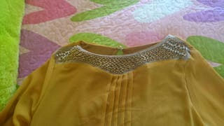 Camisa blusa de manga larga mostaza