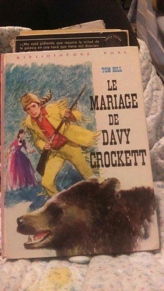 Libro antiguo en francés