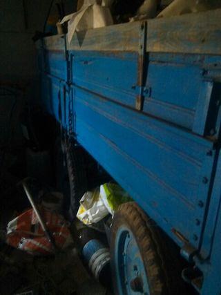 Se vende remolque para generador o carroza