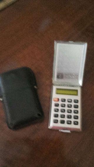 Mini calculadora Casio MC 811